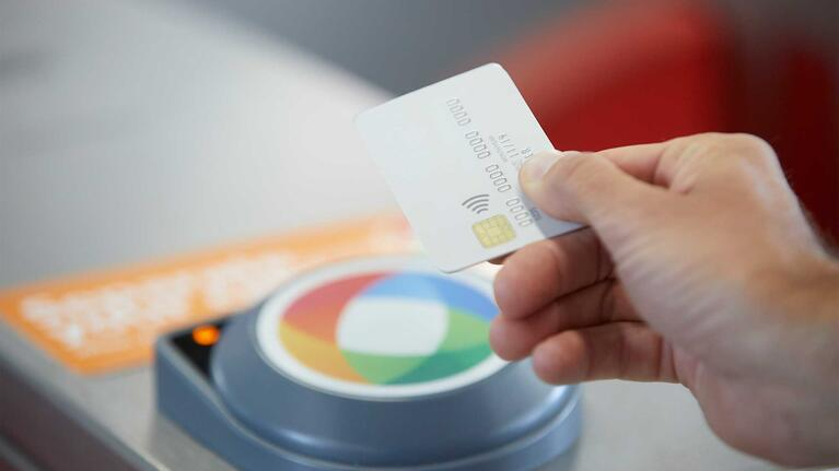 How To Use Contactless Card